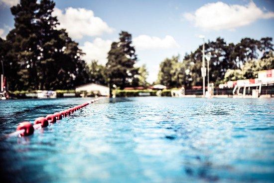 Grabow, Tyskland: Schwimmbecken