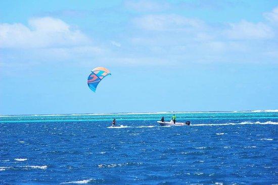 Mahina, Polynesia thuộc Pháp: cours de kitesurf seul sur le spot