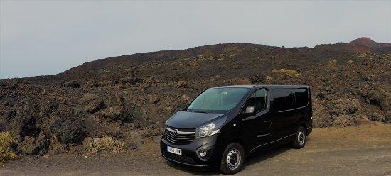 Puerto Naos, Spain: VIP Shuttle am Volcan de Teneguia