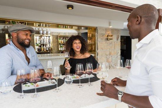 Bantry Bay, Sudáfrica: Wine Tasting