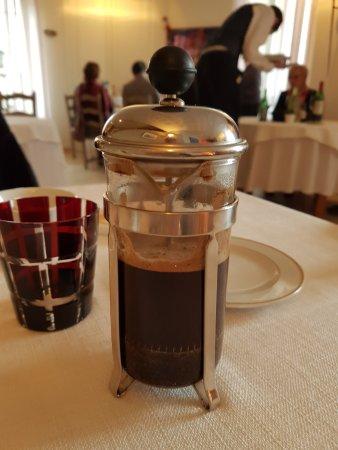 Saint-Macaire, Francia: pt bemol..c est bien sympa mais ca fait pas le meilleur café