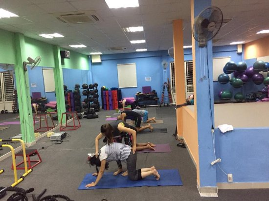 afc1247882ce1 Body Shape - Gym Thao Dien  If you are looking for yoga in the evening