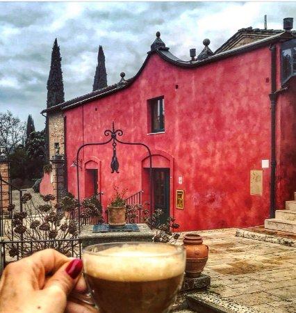Borgo Grondaie: Il borgo