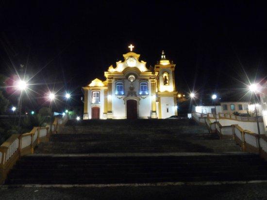 Igreja Nossa Senhora das Merces: ...cidade vista do alto da escadaria da igreja das Mercês