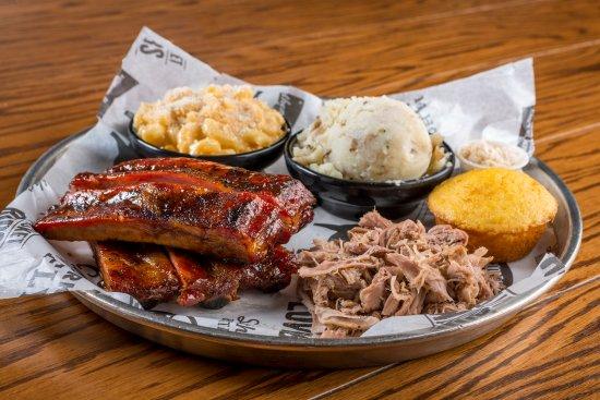 Old Carolina barbecue company: Kansas Combo