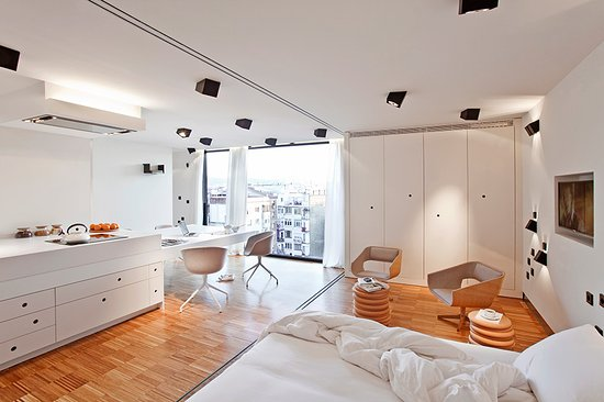 DestinationBCN Apartments & Rooms: Urgell apartment (4 people)