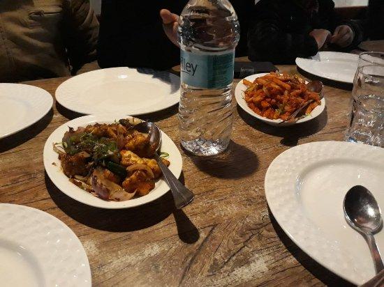 Machan Restaurant: 20180206_205318_large.jpg