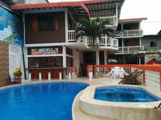 CHARO'S HOSTAL (Montañita, Ecuador): opiniones y fotos del casa de huéspedes - Tripadvisor