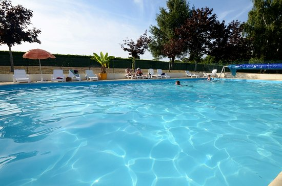 Chantonnay, France: Piscine 3