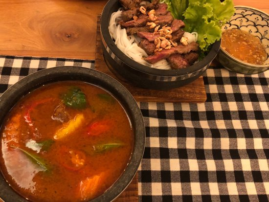 Phka Slaa Restaurant: 集合写真