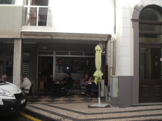 Snack-Bar Suzy: Very good restaurante in Funchal old town.