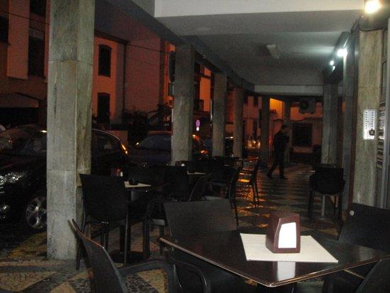 Snack-Bar Suzy: Restaurante Novo Encontro.