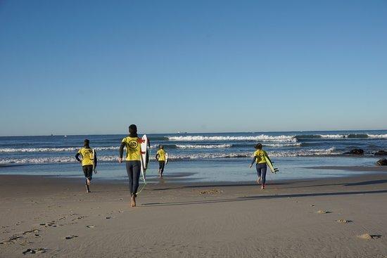 Linha de Onda - Surfing School: Linha de Onda Surf Team