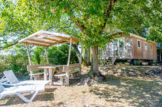 Camping Airotel Oleron : La Roulotte / 4 personnes / 2 chambres
