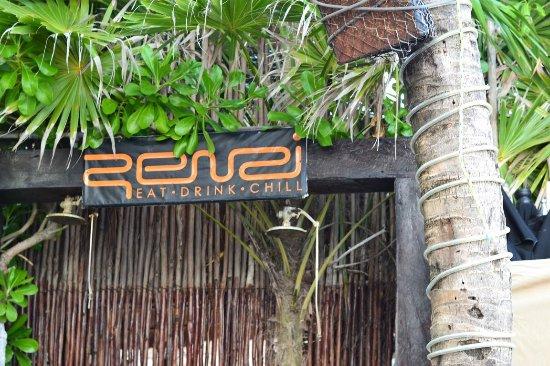 Zenzi Beach Bar & Restaurant: Zenzi !
