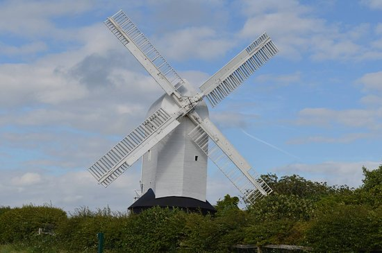 Hassocks, UK: One of my photos of Jill Windmill taken from the car park.