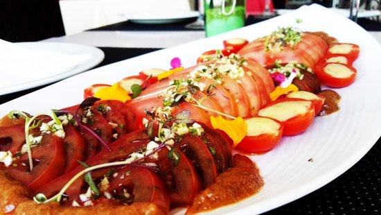 Huetor Vega, Spanien: Ensalada Tomates