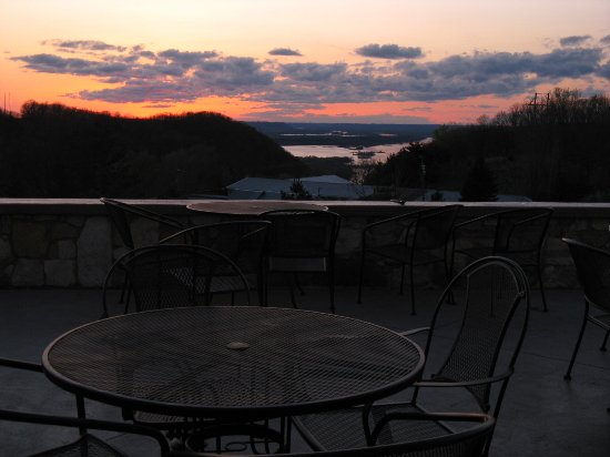 Alma, WI: Danzinger Vineyard patio overlooks the Mississippi River at sunset