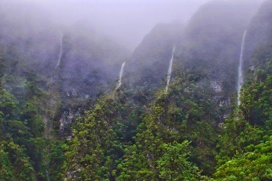 Kaneohe, HI: Koolaus after the rain