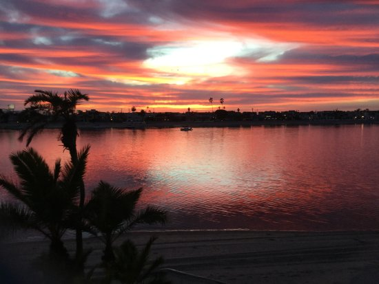 Bahia Resort Hotel: Sunset from a 2nd story balcony. Every night!!!