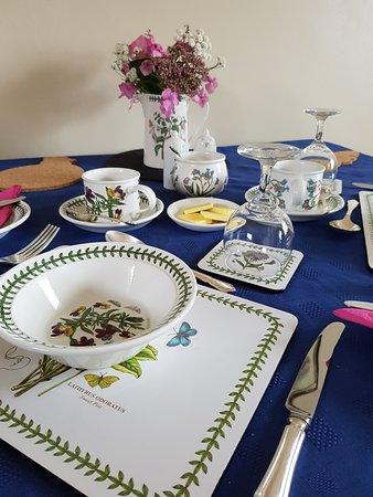 Helperby, UK: Breakfast time at Burton Grange.