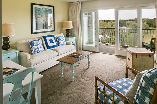 Winnetu Oceanside Resort: View of the Living Room in a One-Bedroom Winnetu Suite