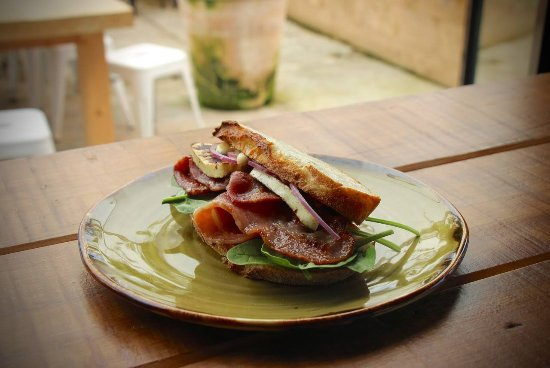 Plimmerton, New Zealand: Halloumi sandwich