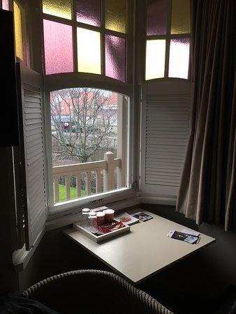 Hotel Montanus: sfeervol uitzicht op de tuin