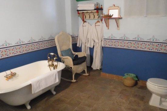 Batopilas, Mexique : los baños tienen suficiente espacio, el shampo y el jabon no resecan la piel,