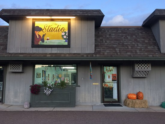 Bigfork, MT: The Studio Storefront