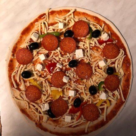 Pizzeria Niva: Kanongoda pizzor --