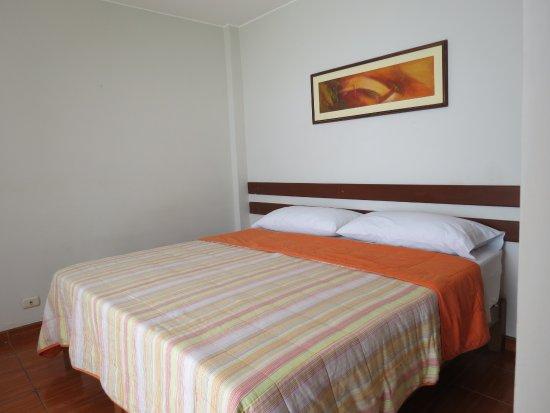 Miraflores Inn: Hab. extra cama grande