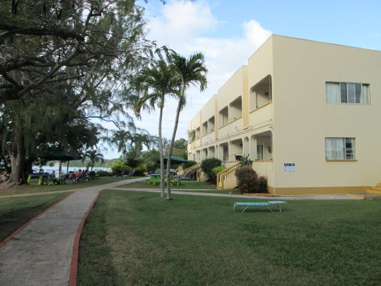 Johnston Apartments: Beach-Side Complex