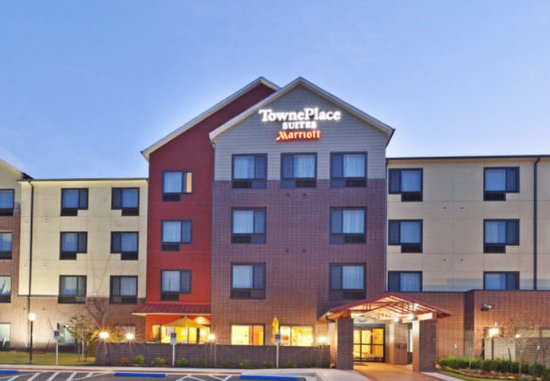 TownePlace Suites Tulsa North/Owasso: Exterior