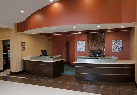 Residence Inn Midland: Lobby