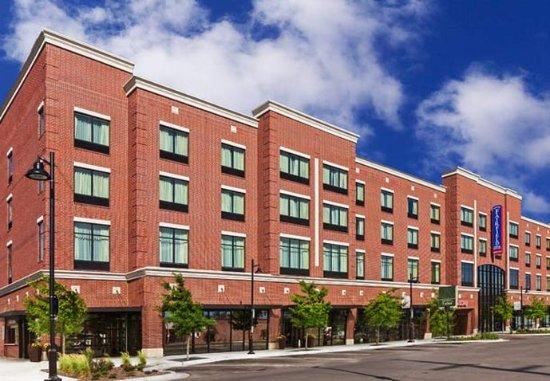 Fairfield Inn & Suites Tulsa Downtown: Exterior
