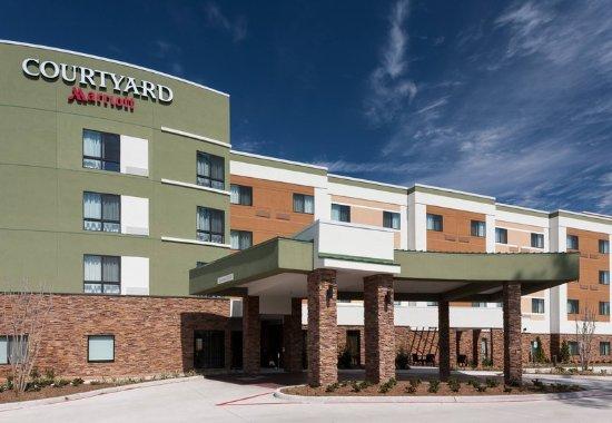 Shenandoah, Teksas: Exterior