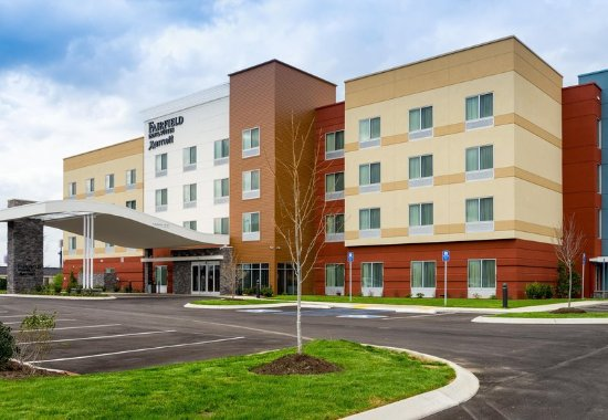 Fairfield Inn & Suites by Marriott Dickson