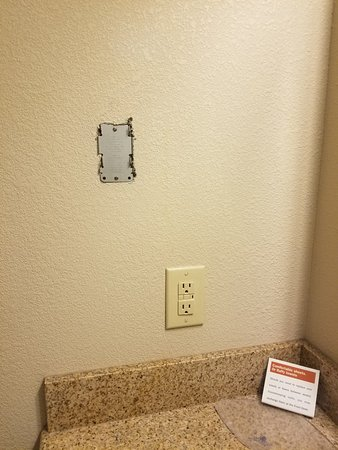 Candlewood Suites Augusta Really You Couldn T Afford The 2 Cover Plate At