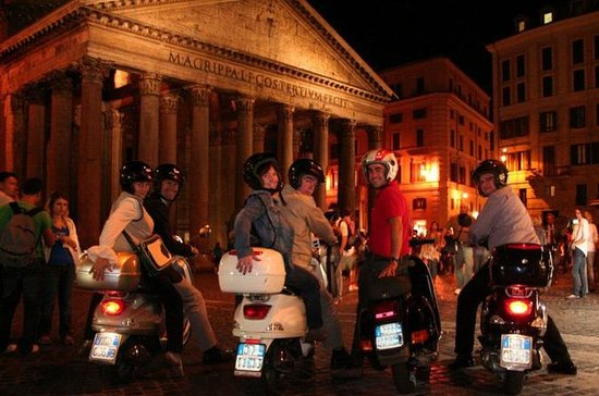 Rome by Night Vespa Tour
