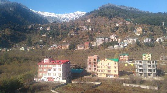 Rohtang Heights Resorts And Spa
