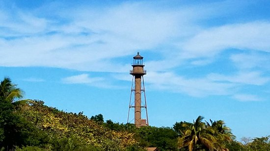 Lighthouse Beach Park