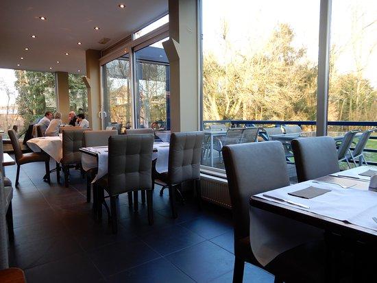 Interieur - Foto van Brasserie Hof Van Zichem, Scherpenheuvel ...