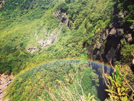Escapade Paradise: waterfalls