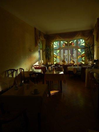 Haldensleben, Germany: in wunderbarem Licht lecker speisen