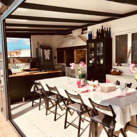 Guime, Spanien: Chambre, terrasse, p'tit dej y bienvenidos !
