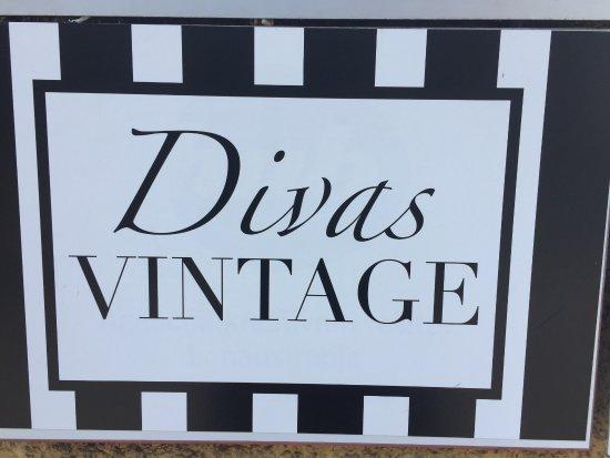 Divas Vintage Store