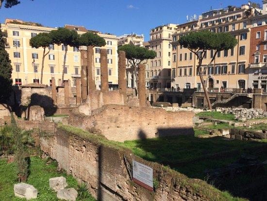 Porticus Minucia