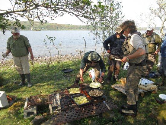 Cornamona, Ireland: Lough Corrib 2017, Fishermen's BBQ