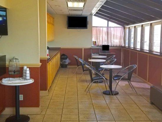 Marion, AR: Breakfast Area